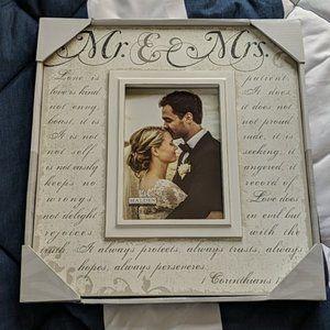 NIB Wedding Picture Frame  Corinthians Verse